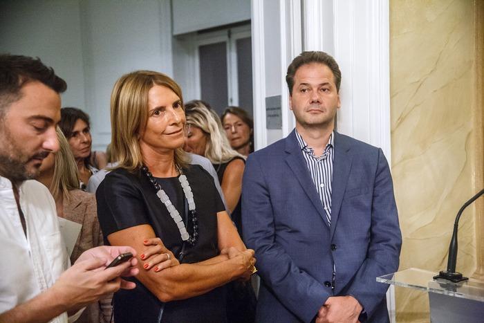 ΣΑΝΤΡΑ ΜΑΡΙΝΟΠΟΥΛΟΥ, MAX HOLLEIN