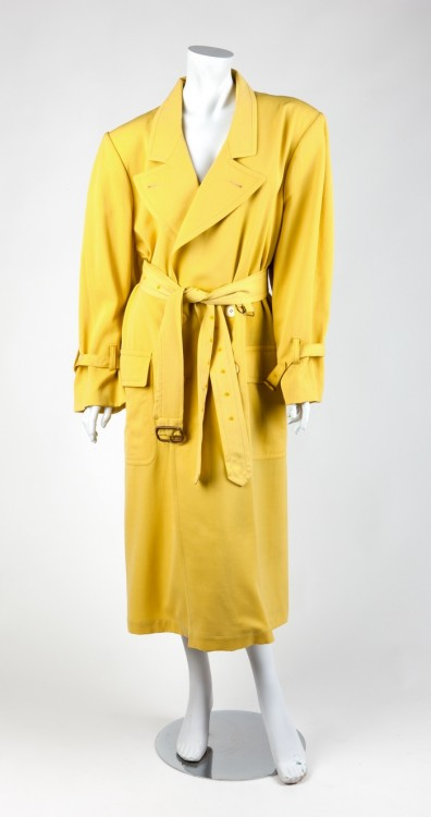 Madonna' s Yellow Dick Tracy Double Breasted Coat