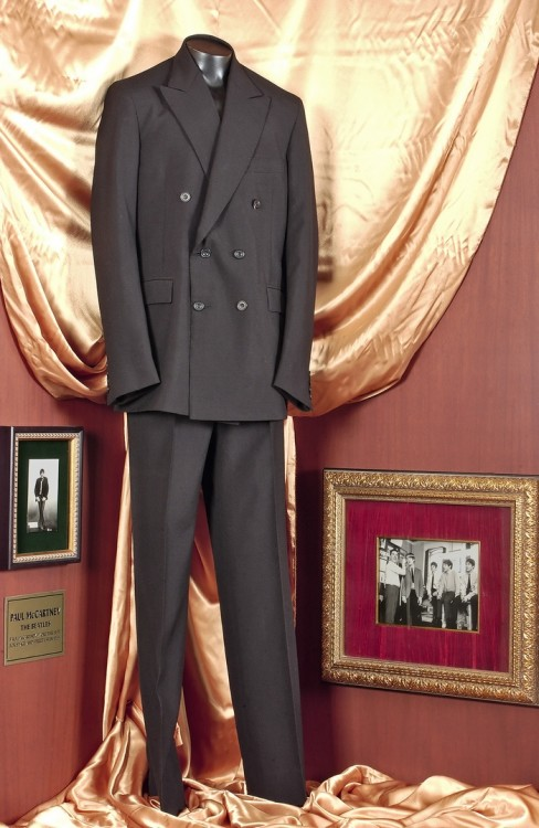 Paul McCartney' s D. Millings & Sons London Suit