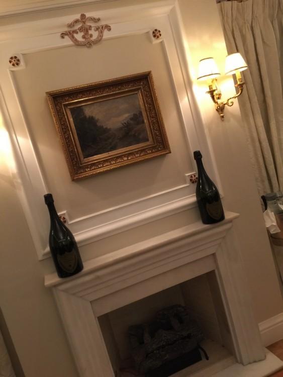 Στο υπέροχο σκηνικό της Penthouse Suite...