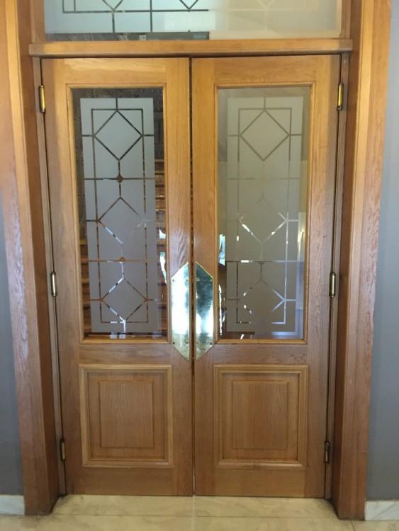 Μετά από μία εβδομάδα γρίπης, και άλλη μία προσπαθειών για να κόψω το τσιγάρο, αυτή η πόρτα είναι η πιο κατάλληλη για να την διασχίσω: Η πόρτα του Vivify της Κηφισιάς, που θα με βοηθήσει να απαλαγώ από όλες τις τοξίνες που κουβαλάει η επιδερμίδα μου...
