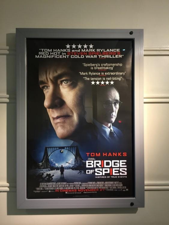 Στο  lobby της Twentieth Century House κυριαρχεί -φυσικά- η blockbuster ταινία που πρωταγωνιστεί ο mega star, Tom Hanks!