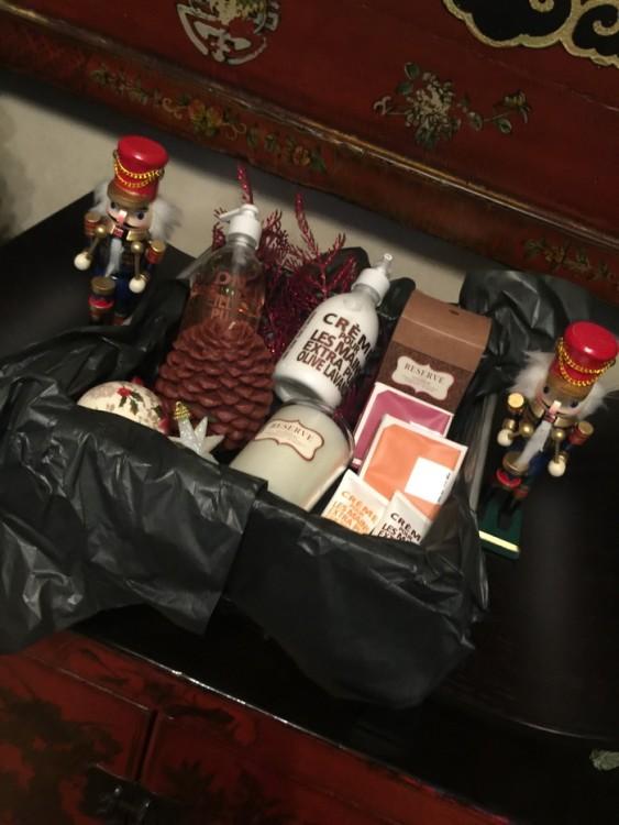 To Christmas Basket του Fay's Control! Καλή επιτυχία!