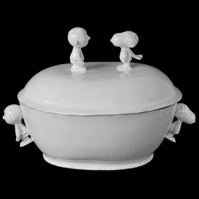 Snoopy Tureen! Handmade ceramic tureen with the figure of Snoopy and Charlie Brown on the top