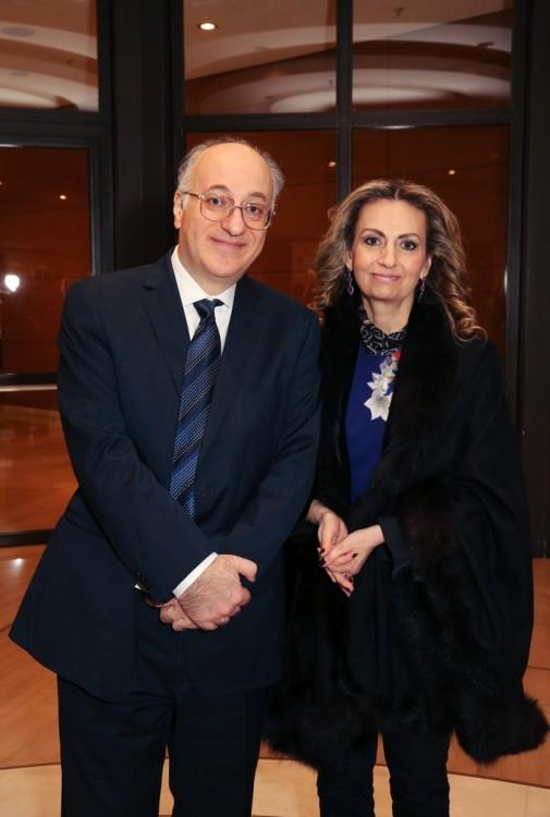 Κύριος και κυρία Δημητρίου Εφραίμογλου, Ιδρυμα Μείζoνος Ελληνισμού