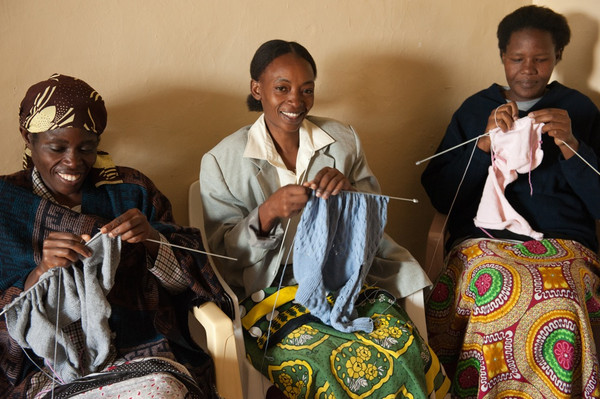 """""""By employing traditional weavers, we're trying to break their cycle of poverty, at the same time preserving the art of weaving while creating modern, casual, comfortable stuff that we really want to wear.""""-Liya Kebede"""