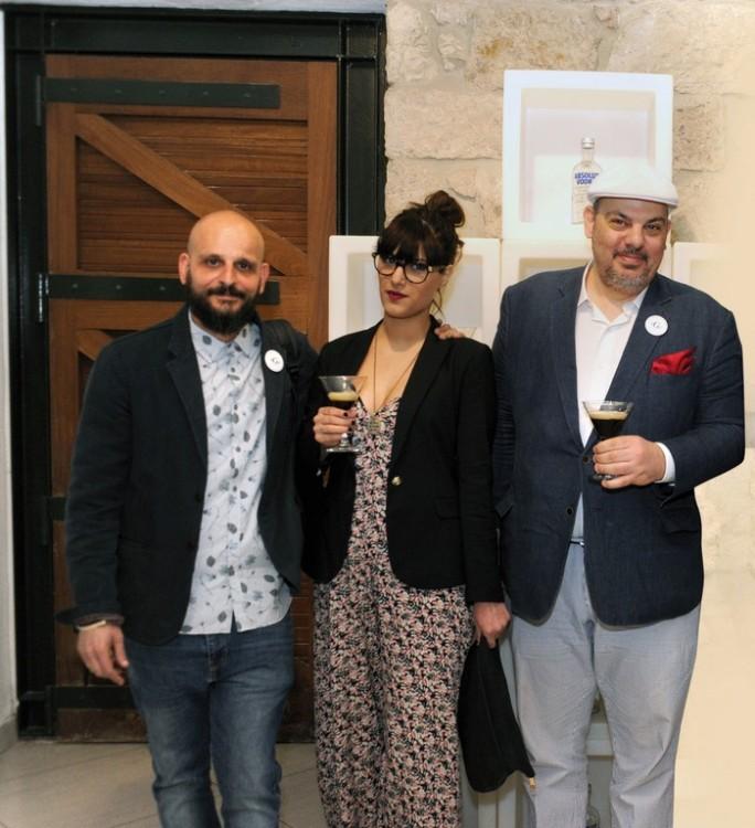 Δημήτρης Κιάκος (ιδιοκτήτης Gin Joint), Ναταλία Λιβιτσάνου (bartender Gin Joint), Mιχάλης Μένεγος (σύμβουλος spirits)