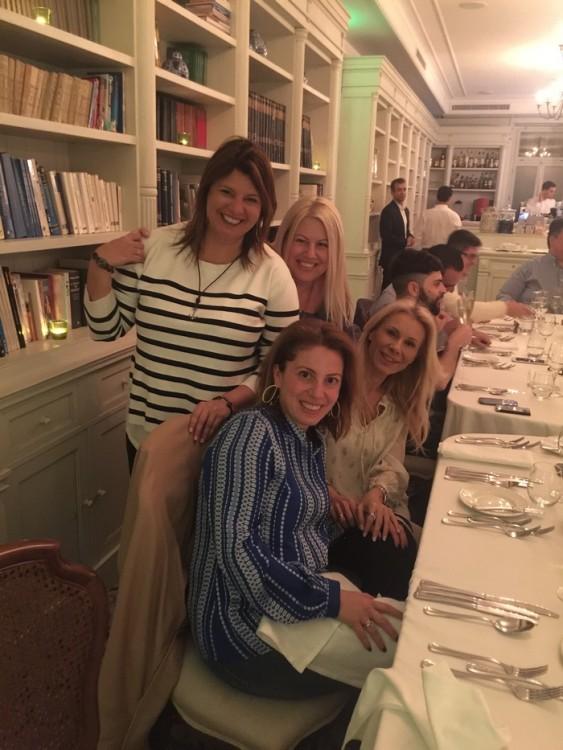The girlfriends: Φαίη, Μαρίλυ, Εύη, Στέλλα