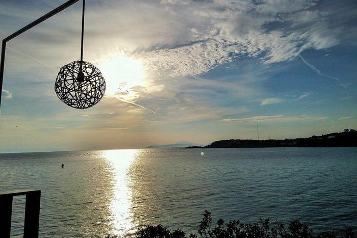 Το ομορφότερο ηλιοβασίλεμα της Αθηναϊκής Ριβιέρας...
