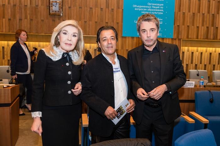 Μαριάννα Β. Βαρδινογιάννη, Chico Bouchikhi, Jean Michel Jarre
