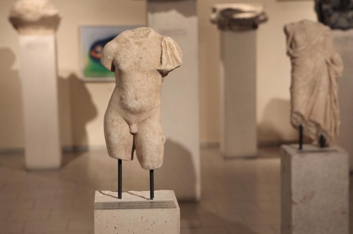 21. Λεπτομέρεια από την έκθεση στο Αρχαιολογικό Μουσείο Πόρου