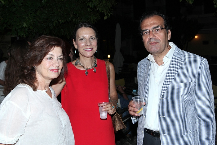 Η Ρόη Ψυχοπαίδη, η Μαρία Μπακουνάκη και ο Νίκος Μπακουνάκης