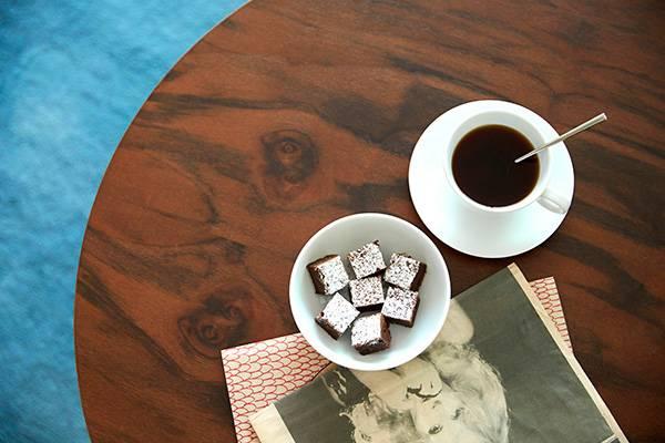 O πρώτος πρωινός καφές, το επόμενο πρωινό...