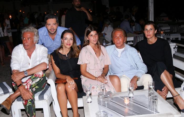 GIANCARLO GIAMMETTI ΧΡΥΣΑΝΘΟΣ ΠΑΝΑΣ ΕΛΕΝΑ ΣΥΡΑΚΑ PRINCESS MAFALDA VALENTINO GARAVANI ( ΒΑΛΕΝΤΙΝΟ ΓΚΑΡΑΒΑΝΙ ) PRINCESS ROSARIO OF BULGARIA