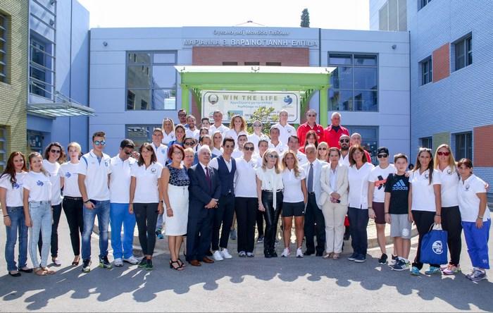 Αναμνηστικές φωτογραφίες από την εκδήλωση προς τιμήν των Ολυμπιονικών.