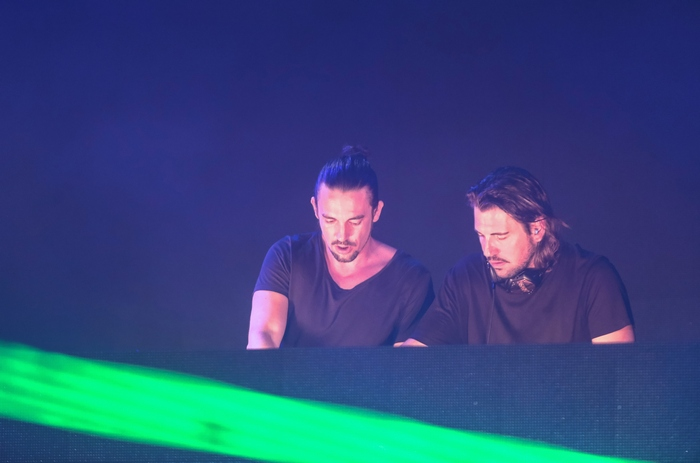 Οι #1 DJs στον κόσμο Dimitri Vegas & Like Mike on stage