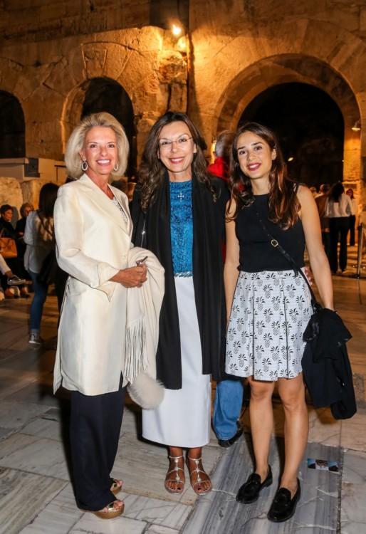 Ελίζα Βόζενμπεργκ, Μαρίζα Φασιανού, Βικτώρια Φασιανού