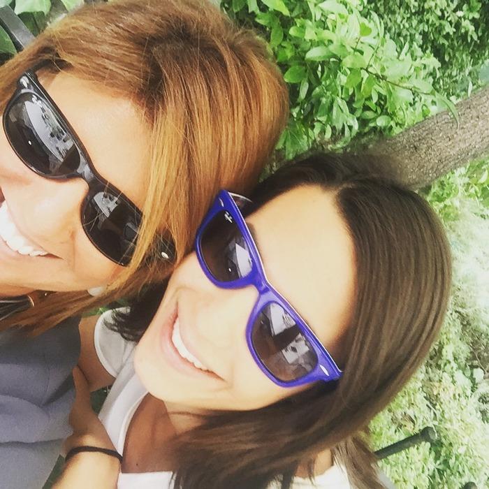 """Με το partner-aki μου, Ιλεάνα Ισμυρίδη στο """"γραφείο"""" μας. Because two is better than one..."""