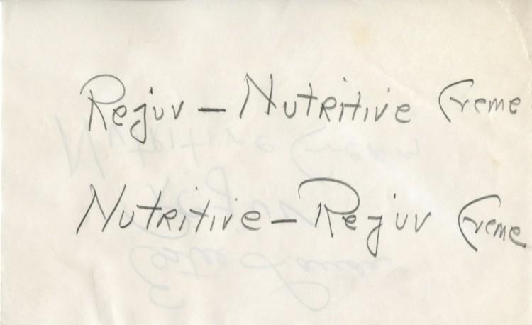 Χειρόγραφα σημειώματα της Estee Lauder προσπαθώντας να εμπνευστεί το όνομα της κρέμας που έμελλε να αλλάξει τα πάντα στον κόσμο της ομορφιάς και της Κοσμετολογίας...