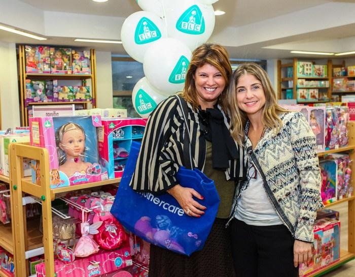 Φαίη Μπέη και Βιολέττα Λάππα (Εμπορική Διευθύντρια των καταστημάτων mothercare & elc)