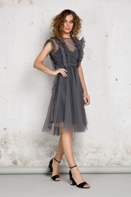 Short tulle dress with ruffles
