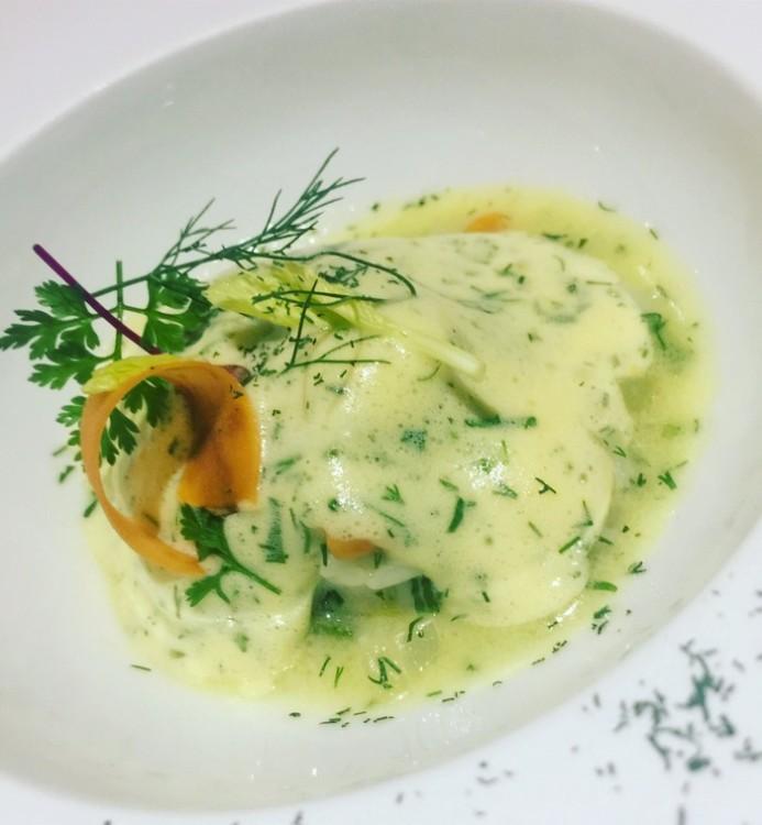 """Γιουβαρλάκια ροφού και γαρίδας """"αυγολέμονο"""", με ρύζι και μάραθο...Η γεύση της Ελλάδας...."""