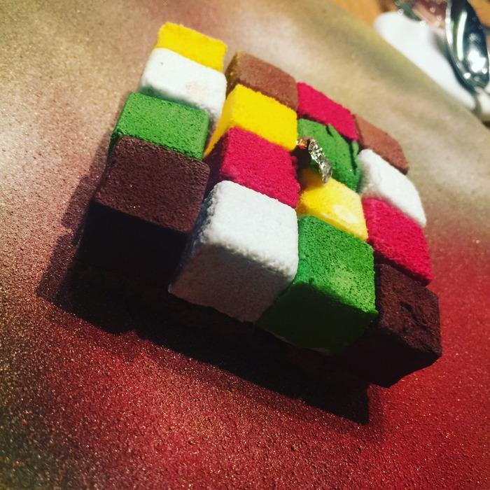 Κάθε τετραγωνάκι του και μία διαφορετική γευστική εμπειρία...