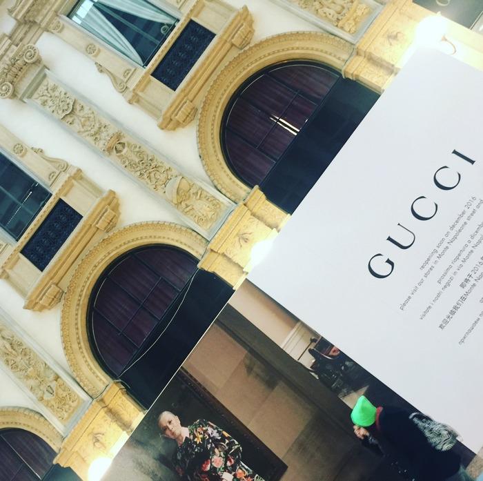 Gucci under construction... Δεν βαριέσαι, στο Μιλάνο είμαι, κάπου θα βρω τα Gucci pumps που ψάχνω...