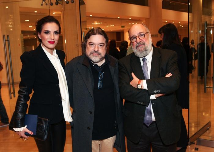 Η Φωτεινή Δάρρα με τον Δημήτρη Παπαδημητρίου και τον πρόεδρο του Μεγάρου Μουσικής Νίκο Θεοχαράκη.