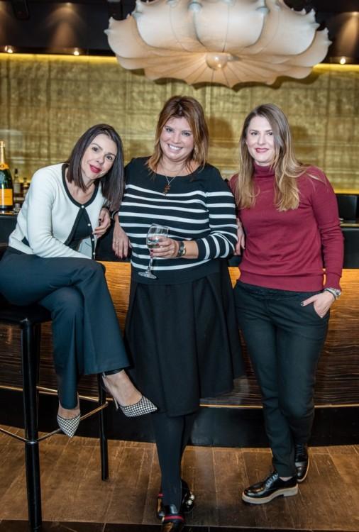"""Με την Ρενάτα Τσαούση και την Χριστίνα Κυρίτση, ιδιοκτήτρια του αγαπημένου μας """"Πρυτανείον"""""""