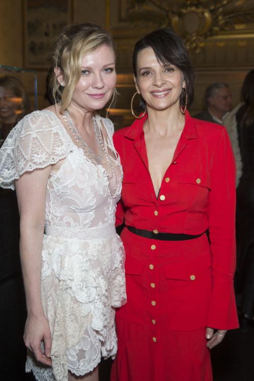 Kirsten Dunst and Juliette Binoche